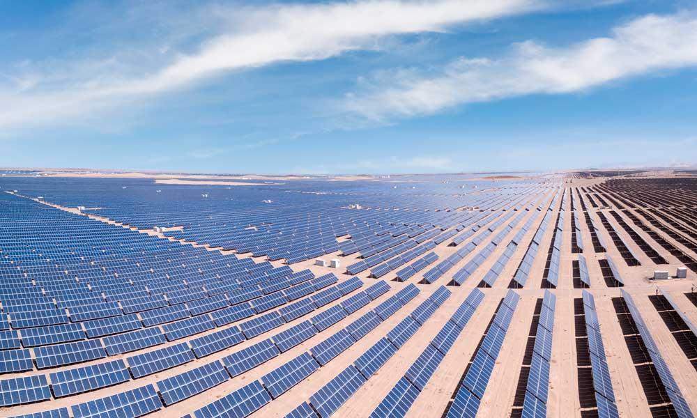 El viento, un elemento clave para el diseño de las plantas solares.